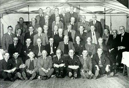 BB017 WW1 - ww1 vets meeting (after WW2).jpg